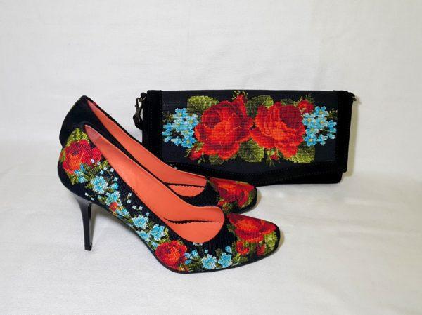 """Туфлі """"Троянди і незабудки"""""""