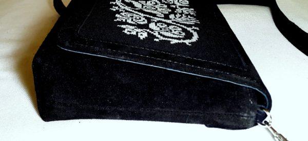 Клатч з монохромним орнаментом А1