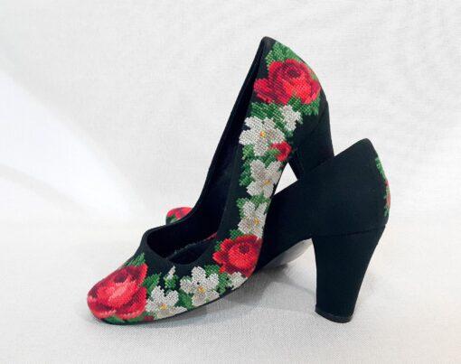 """Туфельки """"Ніжні троянди"""" А1"""