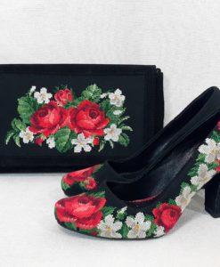 """Комплект """"Ніжні троянди"""""""