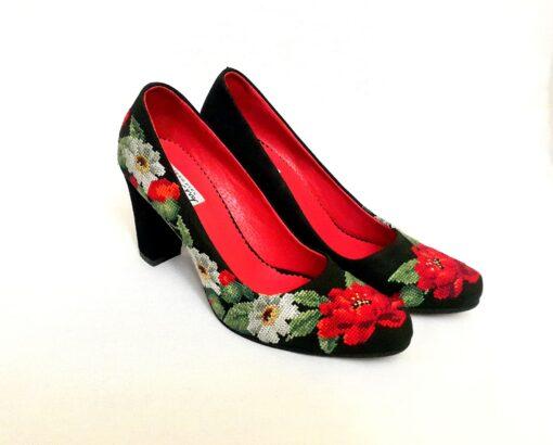 """Туфлі """"Маки і ромашки"""" чорні"""